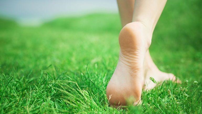 5-exercices-pour-renforcer-vos-pieds-et-soulager-votre-dos