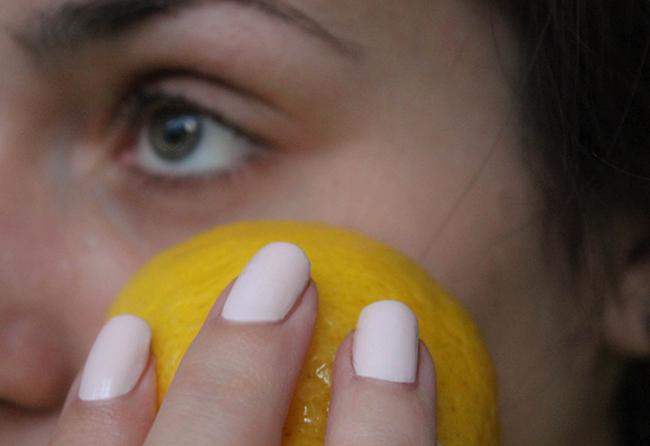 Comment faire un gommage au citron e zapping - Gommage visage maison point noir ...